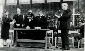 Kongressen_1991_Stockholm_Missionsmötet_Mona&Björn_Stockman_avskiljs_för_Lettland